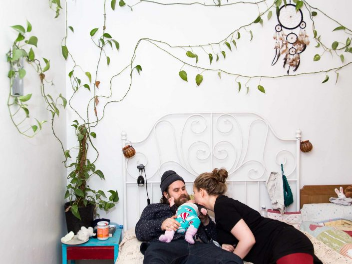 Newborn Parenthood - Vastasyntynyt vanhemmuus, 2016